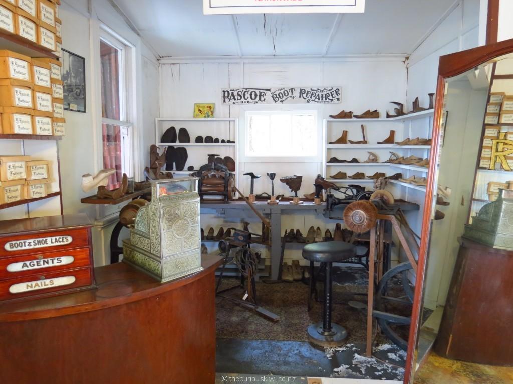 Recreation of Robert Hannah's first store