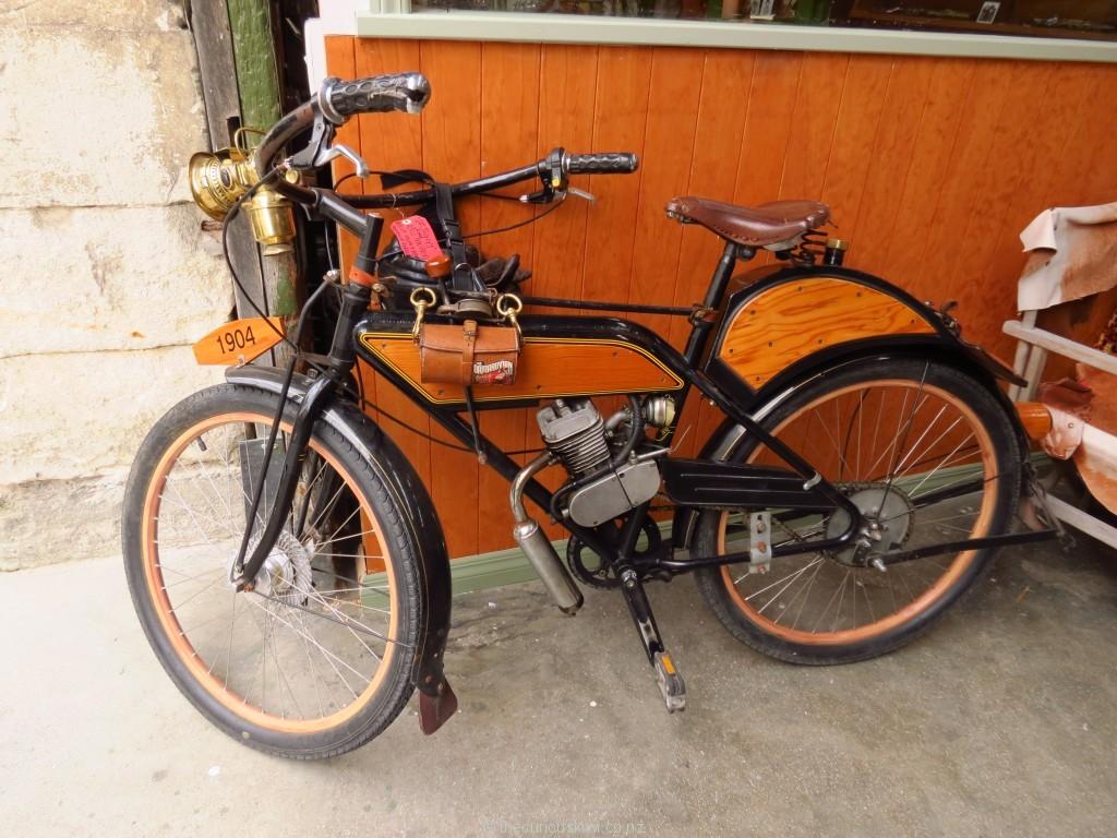 Replica 1904 moped in Oamaru