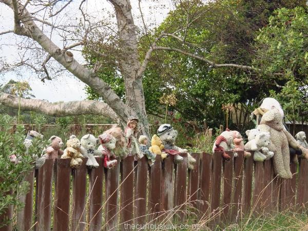 Teddy bear fence