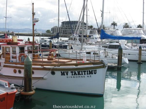 MV Takitimu in Gisborne Harbour