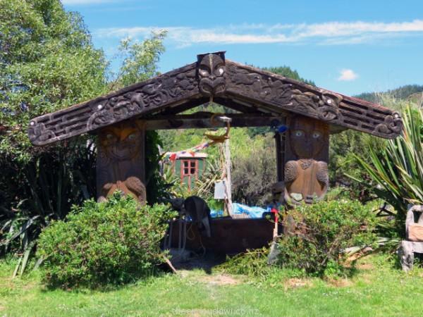 Wahanui - Gateway by Hohepa Barrett  & Ropata Nelson