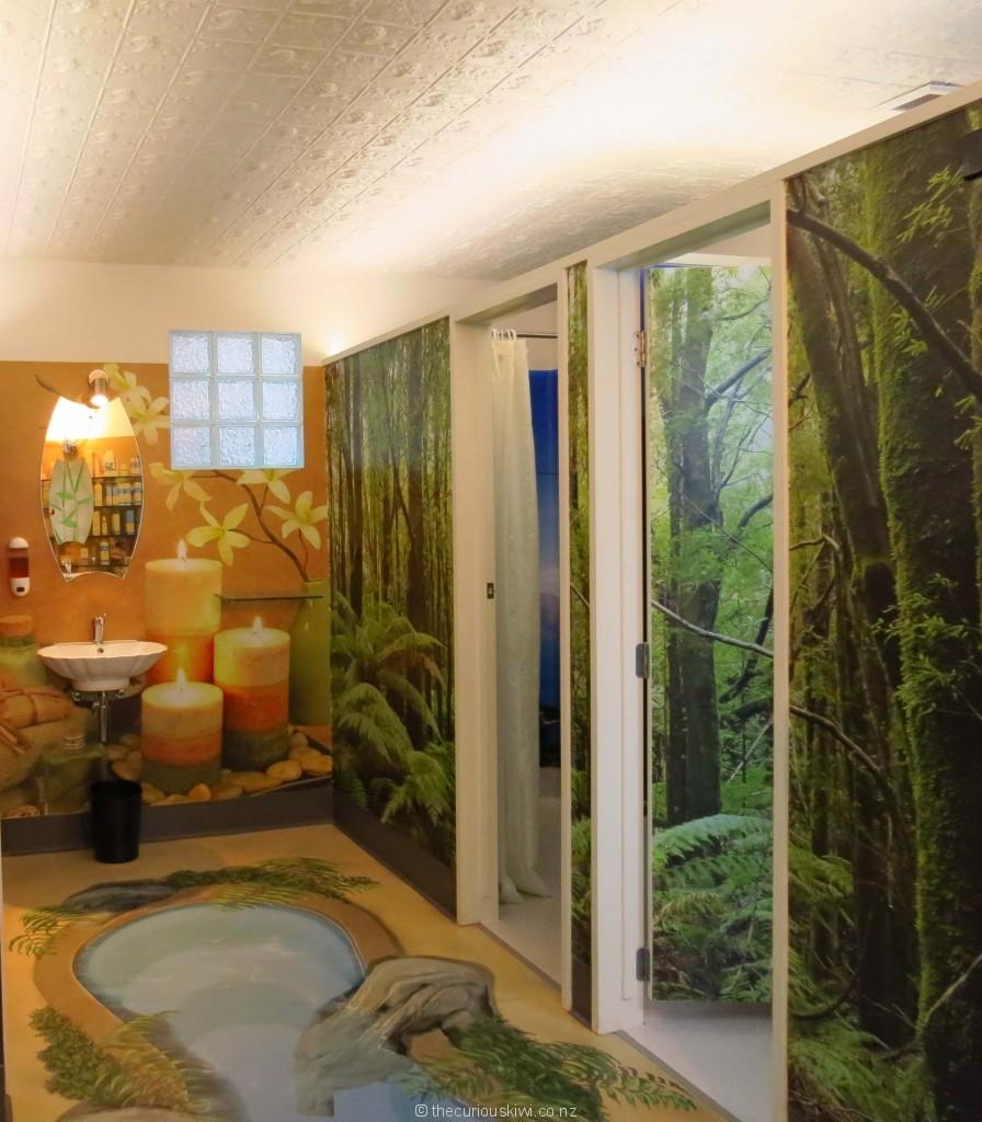 Body sanctum bathroom