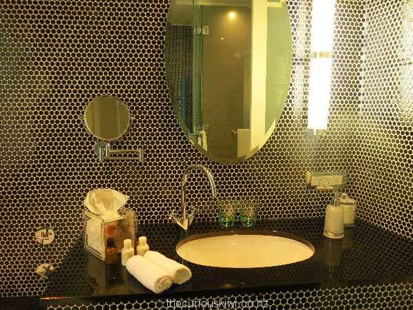 Bathroom with beehive shaped tiles