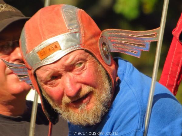 Cool helmet for hot air ballooning