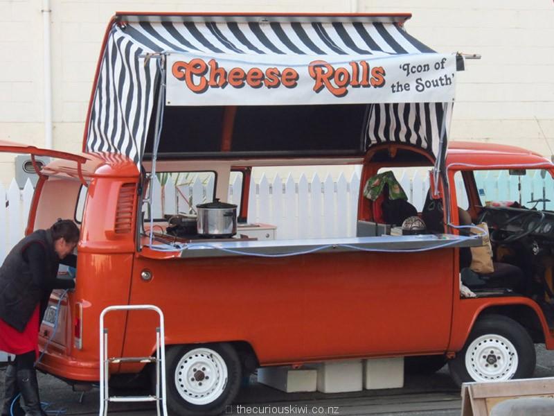 'Cheese Roll Kombi'