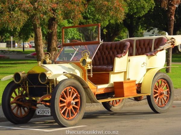 1909 Wolseley