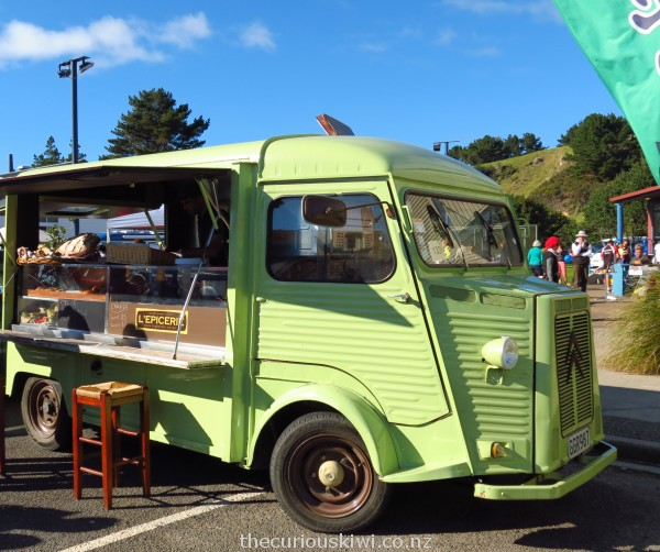 L'Epicerie food truck in Ohope