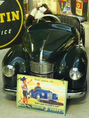 J40 Austin pedal car