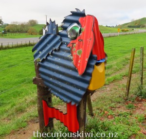 Letter box disguised as a pukeko
