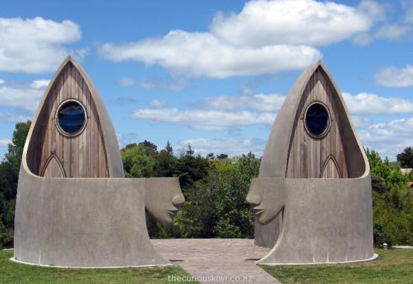 Public toilets in Matakana