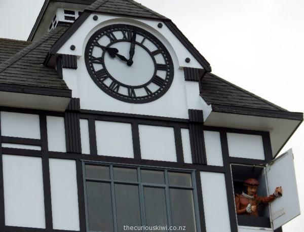 Stratford Glockenspiel
