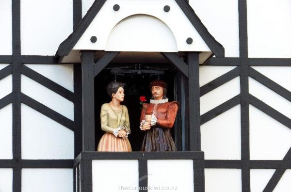 Stratford Glockenspiel characters Romeo & Juliet