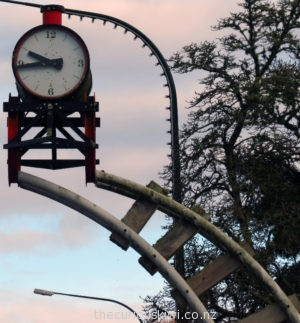Taumarunui Train Clock