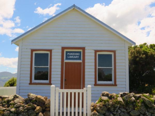 Pukehiki Public Library