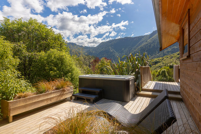 The Resurgence Luxury Eco Lodge - Hot Tub