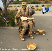 Living Statue at Harbourside Market