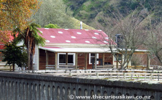 Whanga Bridge House